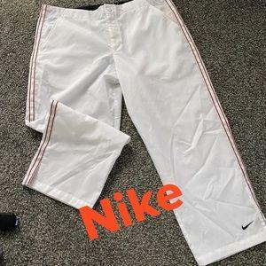 Nike windbreaker capri